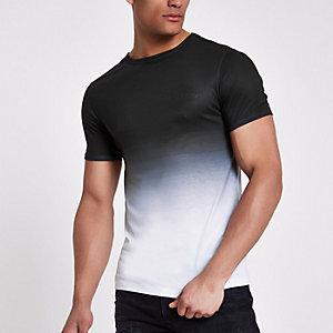 Zwart aansluitend T-shirt met 'ninety-eight'-print en kleurverloop