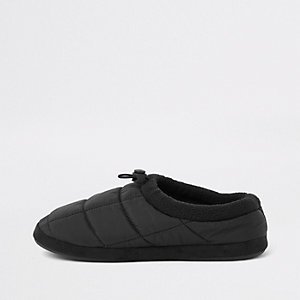 Black padded toggle slippers