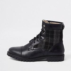 Dunkelgraue Military-Stiefel aus Leder