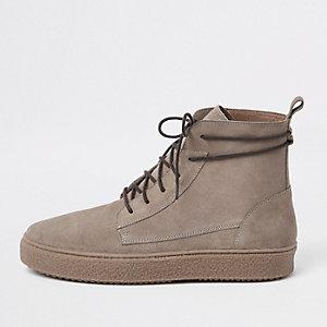 Steingraue Desert-Stiefel aus Wildleder
