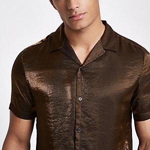 Chemise marron métallisée à manches courtes et col à revers