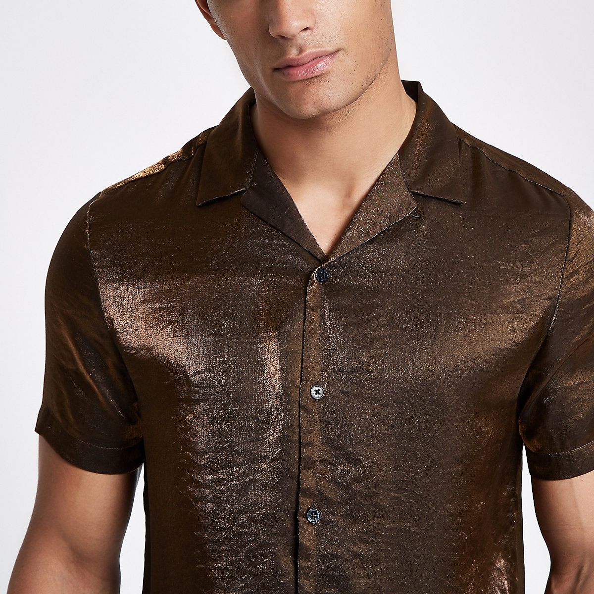 Brown metallic short sleeve revere shirt
