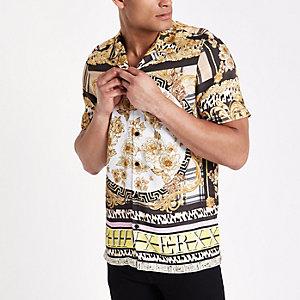 Chemise imprimé baroque jaune à manches courtes avec col à revers