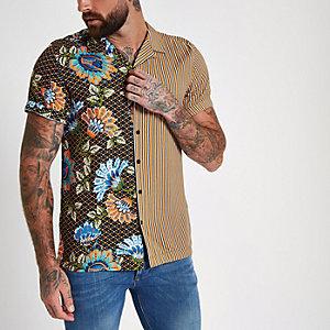 Geel overhemd met revers en half-halfprint