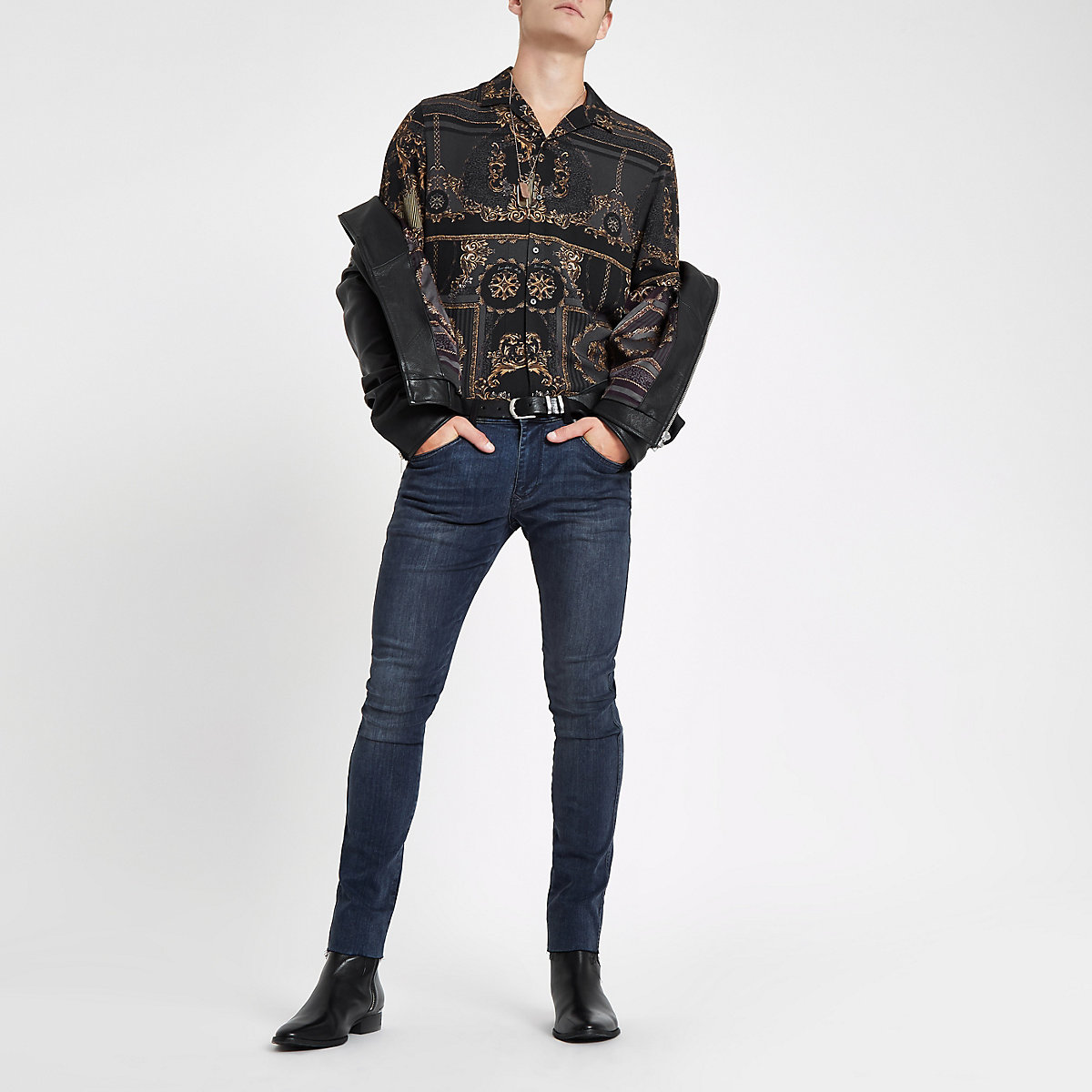 RI 30 black baroque print revere shirt