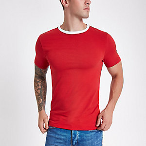 Rood aansluitend T-shirt met contrasterende bies