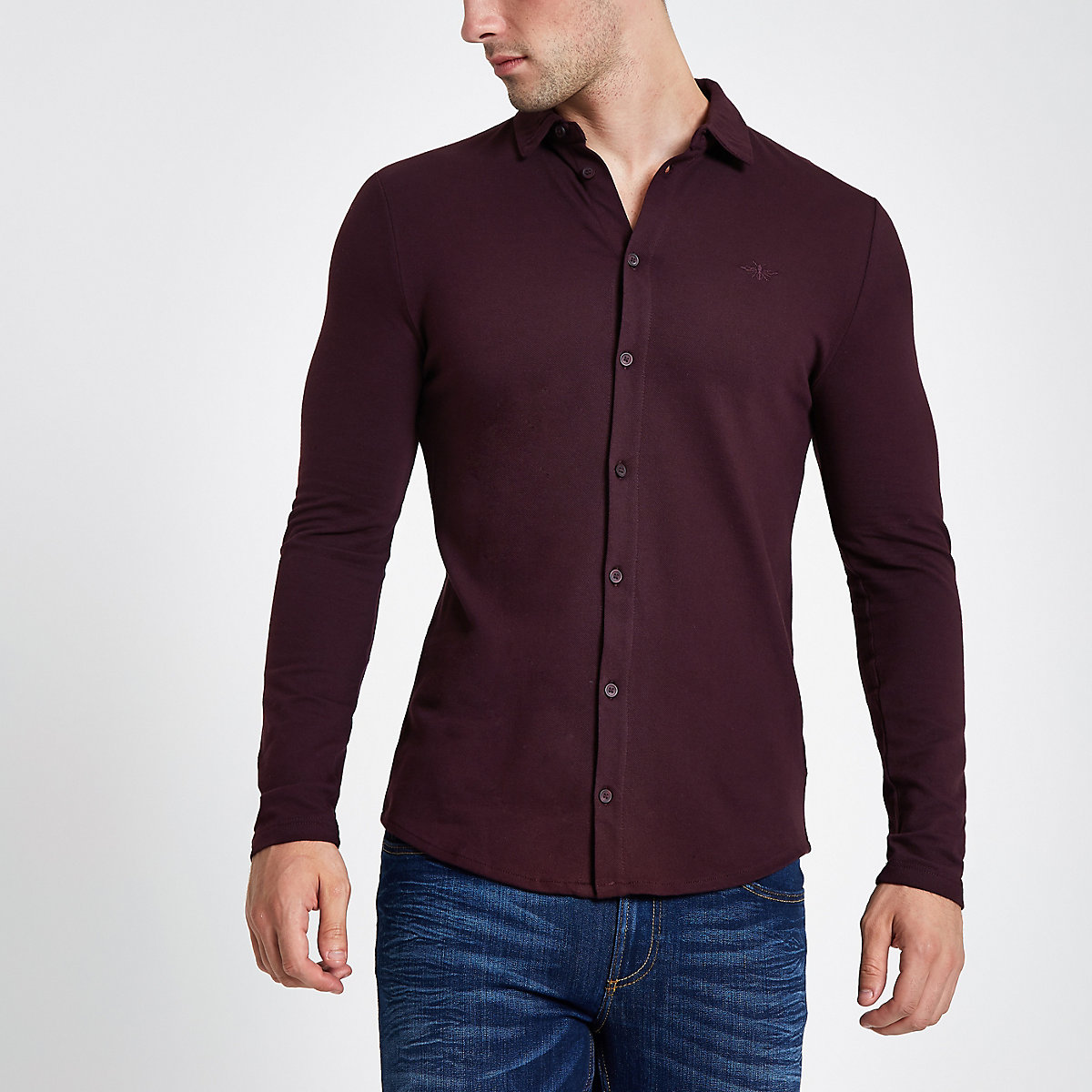 Dark red wasp embroidered muscle fit shirt