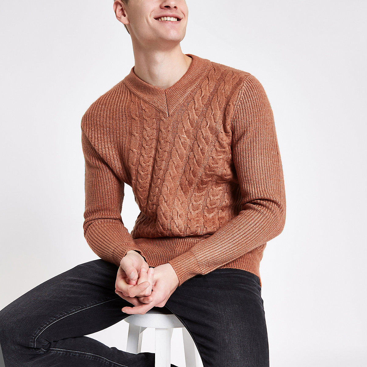 Rust slim fit V neck cable knit jumper