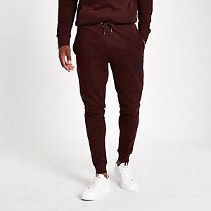 Pantalon de jogging ajusté « R96 » rouge foncé