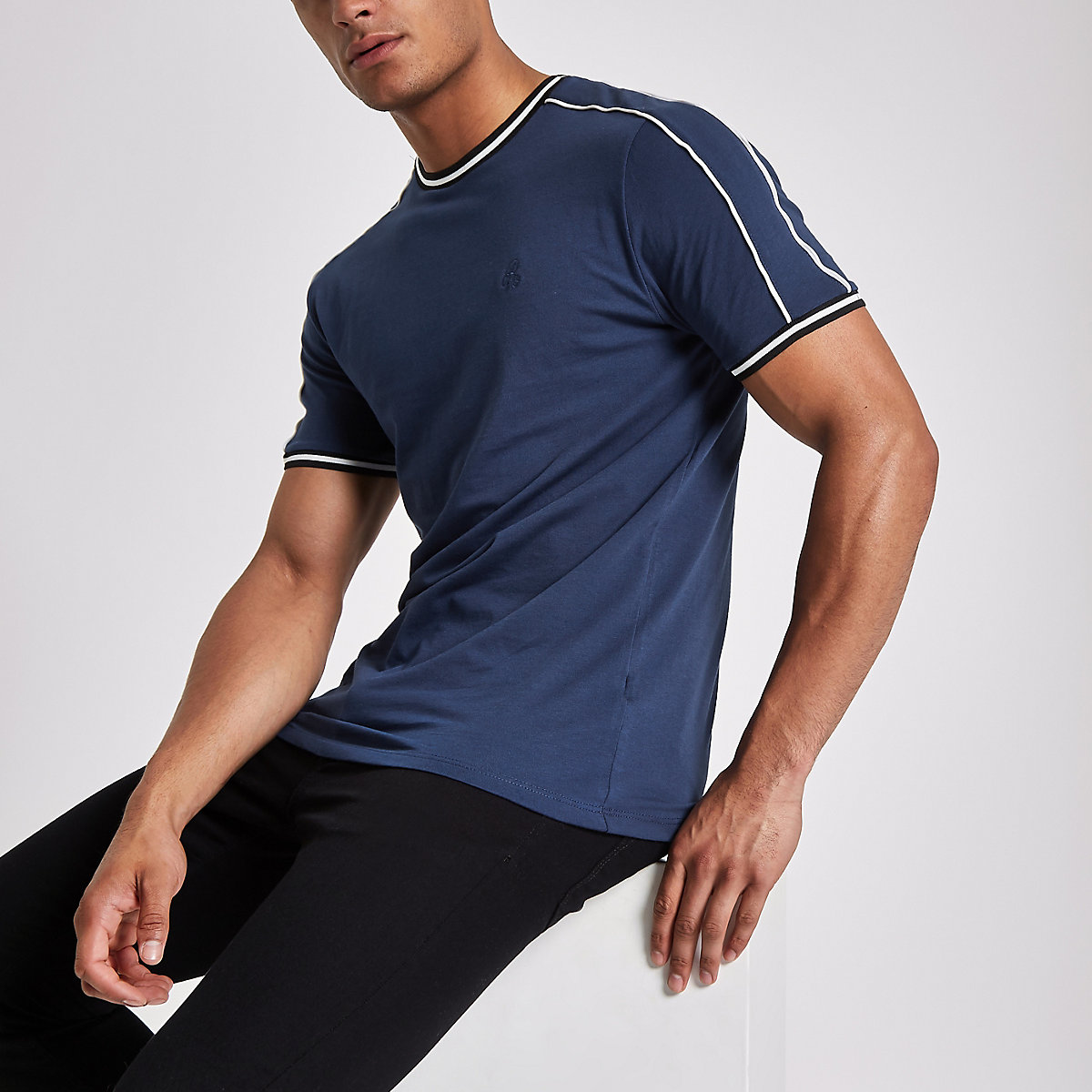 Navy crew neck piped T-shirt