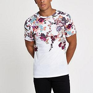 Wit aansluitend T-shirt met oriëntaalse print