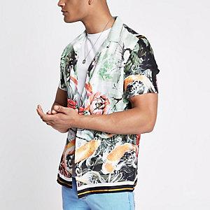 Green oriental print revere shirt