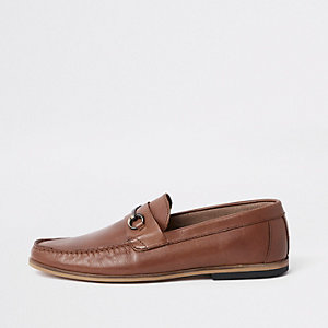 Tan brown leather snaffle loafers