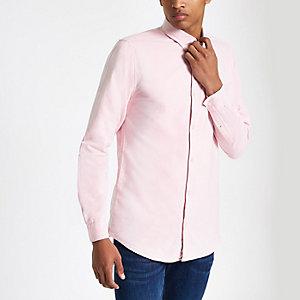 Roze geborduurd Oxford overhemd met wespenprint