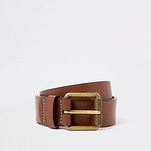 Brown faux leather buckle belt