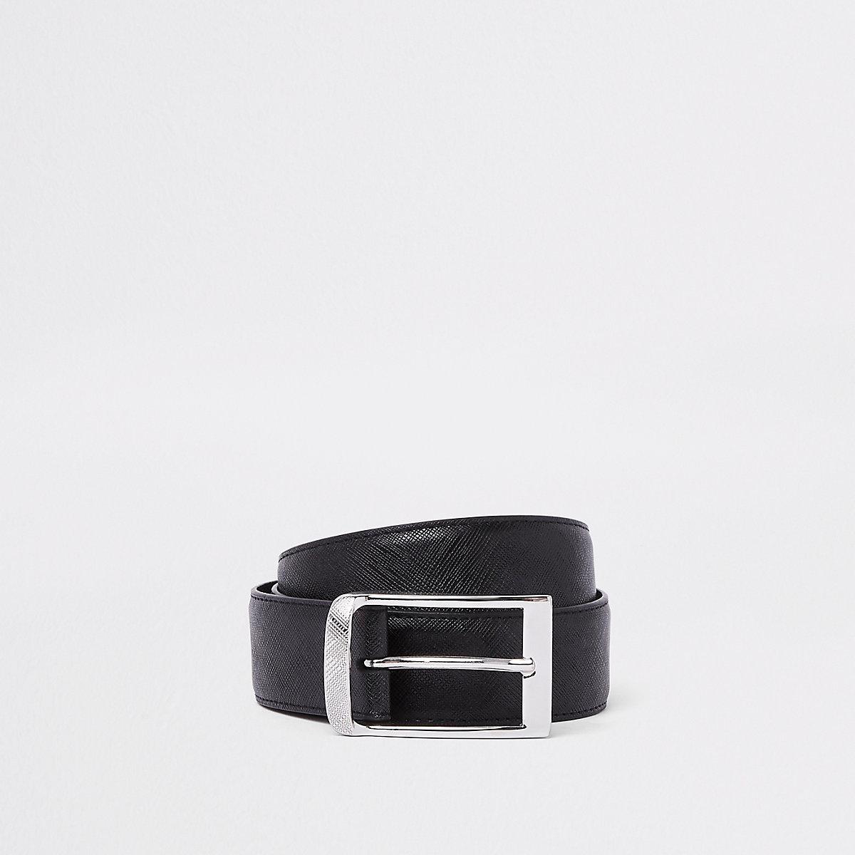 Black textured buckle belt