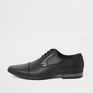 Chaussures à lacets noires estampées avec bout rapporté