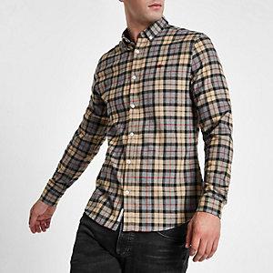 Chemise boutonnée à carreaux grège avec broderie guêpe