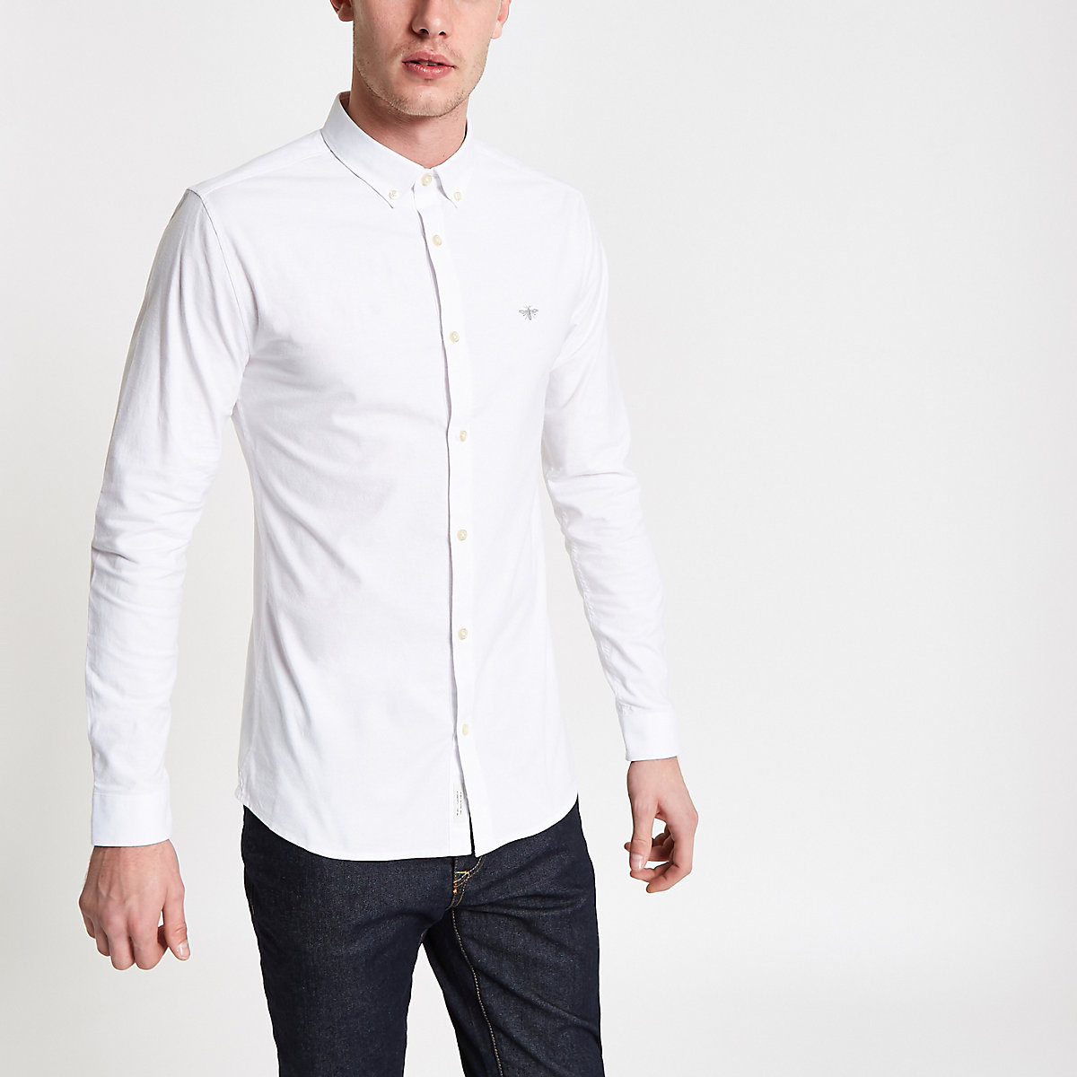 White button-down collar muscle fit shirt