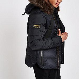 Superdry - Marineblauwe gewatteerde jas met capuchon en imitatiebont