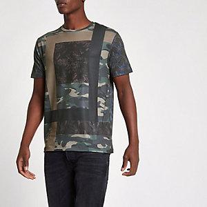 T-shirt slim imprimé camouflage vert