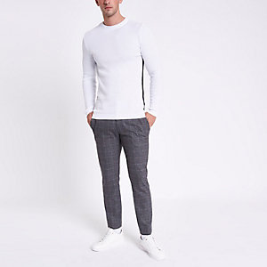White muscle fit cable long sleeve shirt