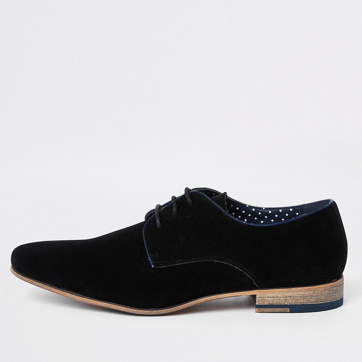 Black lace-up derby shoes