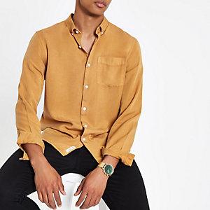 Senfgelbes, langärmeliges Hemd mit Knopfverschluss