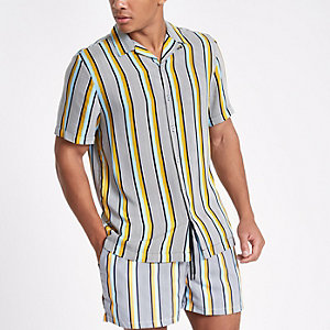 Grijs overhemd met strepen en revers