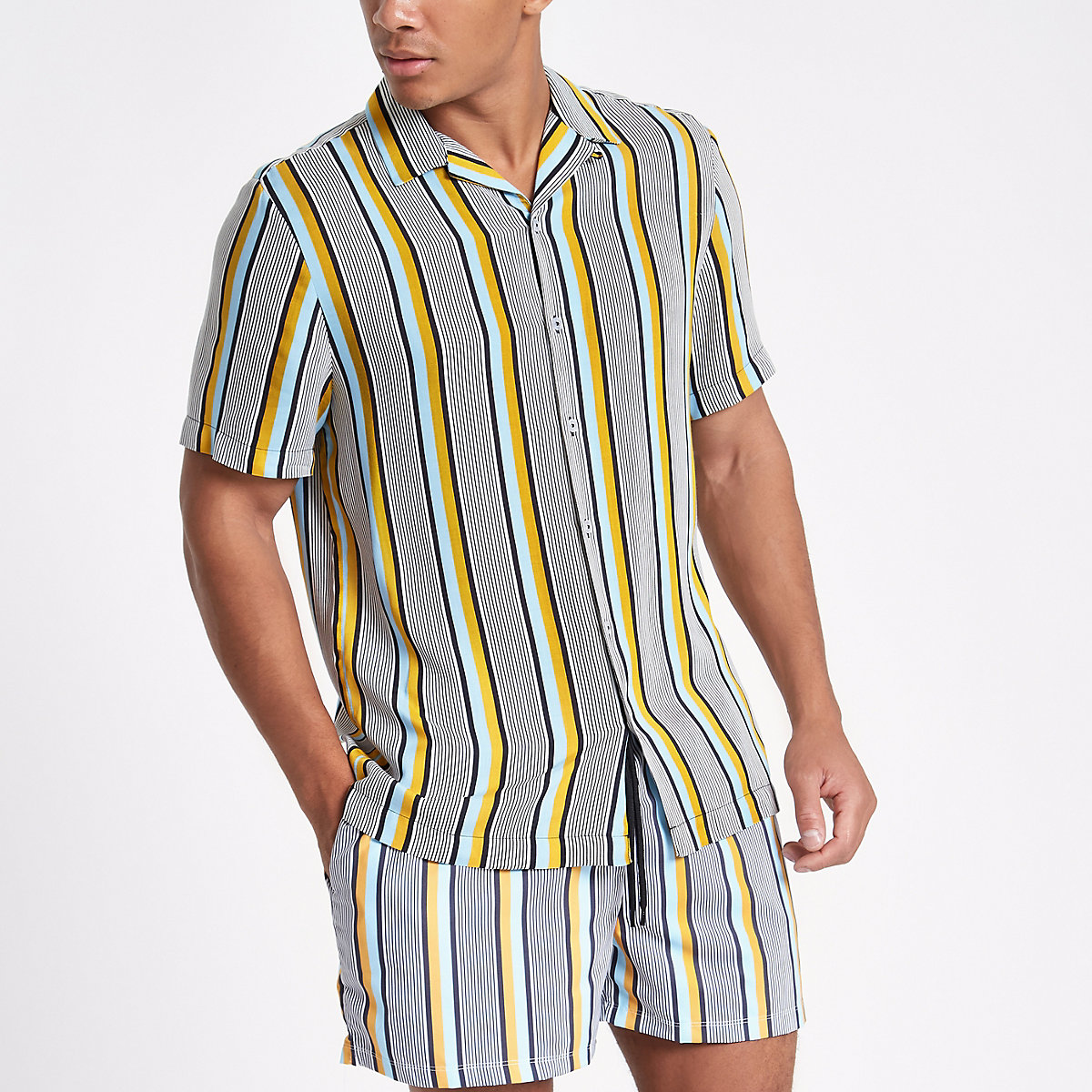 Grey stripe revere shirt
