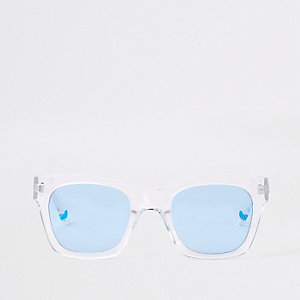 Weiße, transparente Sonnenbrille mit blauen Gläsern