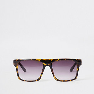 Brown tortoiseshell smoke lens sunglasses