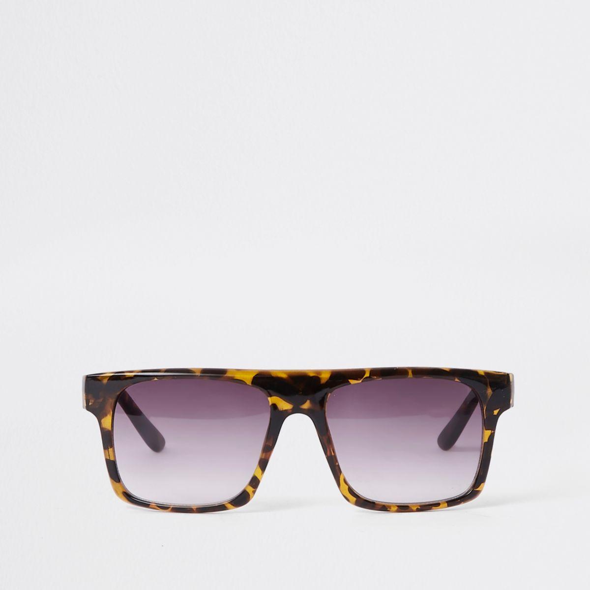 Brown tortoiseshell smoke lens sunglasses