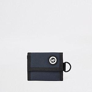 Hype – Marineblaue Geldbörse mit Stickerei