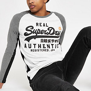 Superdry – T-shirt blanc à manches longues raglan