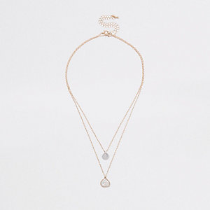 Gold tone double textured pendant necklace