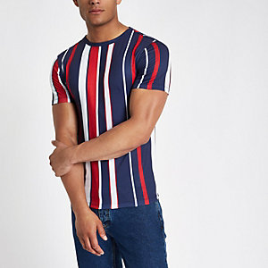 Rotes Muscle Fit T-Shirt mit vertikalen Streifen