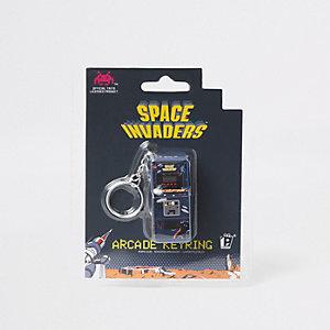 Black Space Invaders arcade keyring
