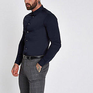 Marineblauw aansluitend poplin overhemd met lange mouwen