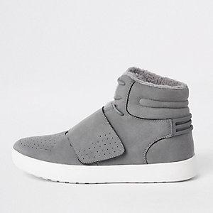Grijze hoge sneakers met borgvoering