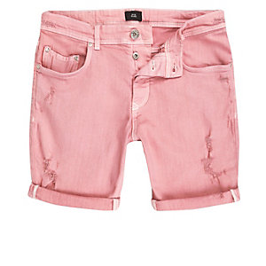 Skinny Fit Jeansshorts im Used-Look in Rosa