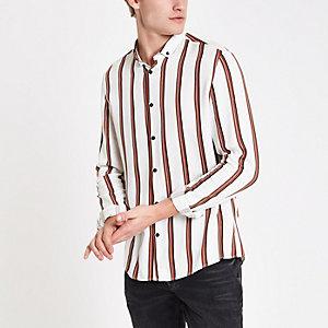 Weißes langärmeliges Shirt mit Streifen