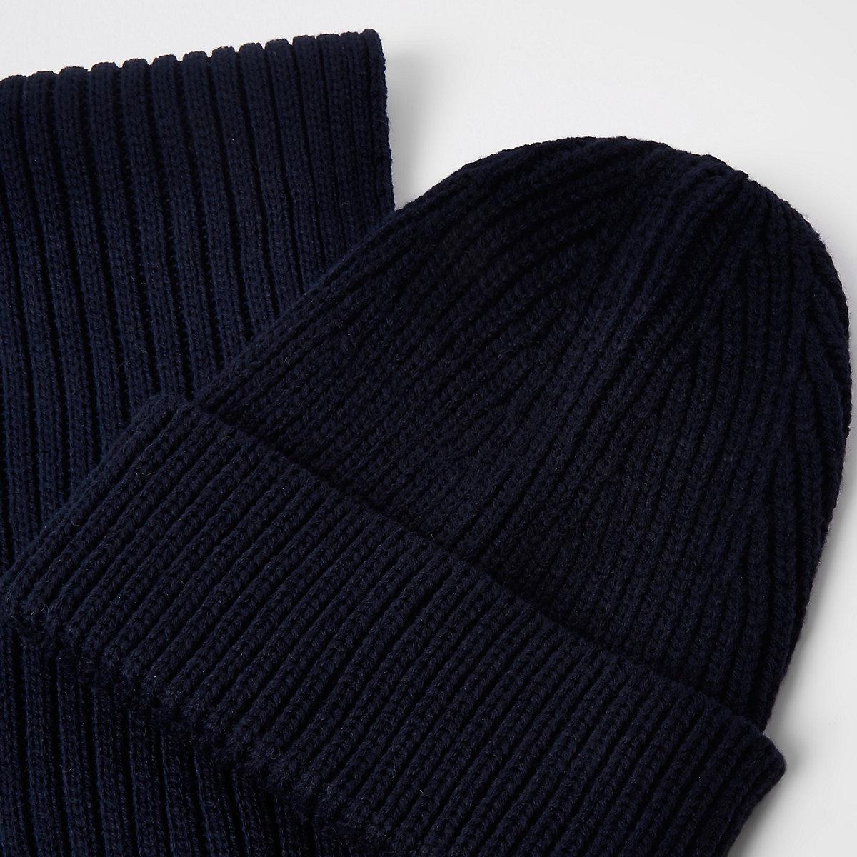 87e87bcbc1b0 Ensemble bonnet et écharpe bleu marine côtelés - Chapeaux casquettes ...