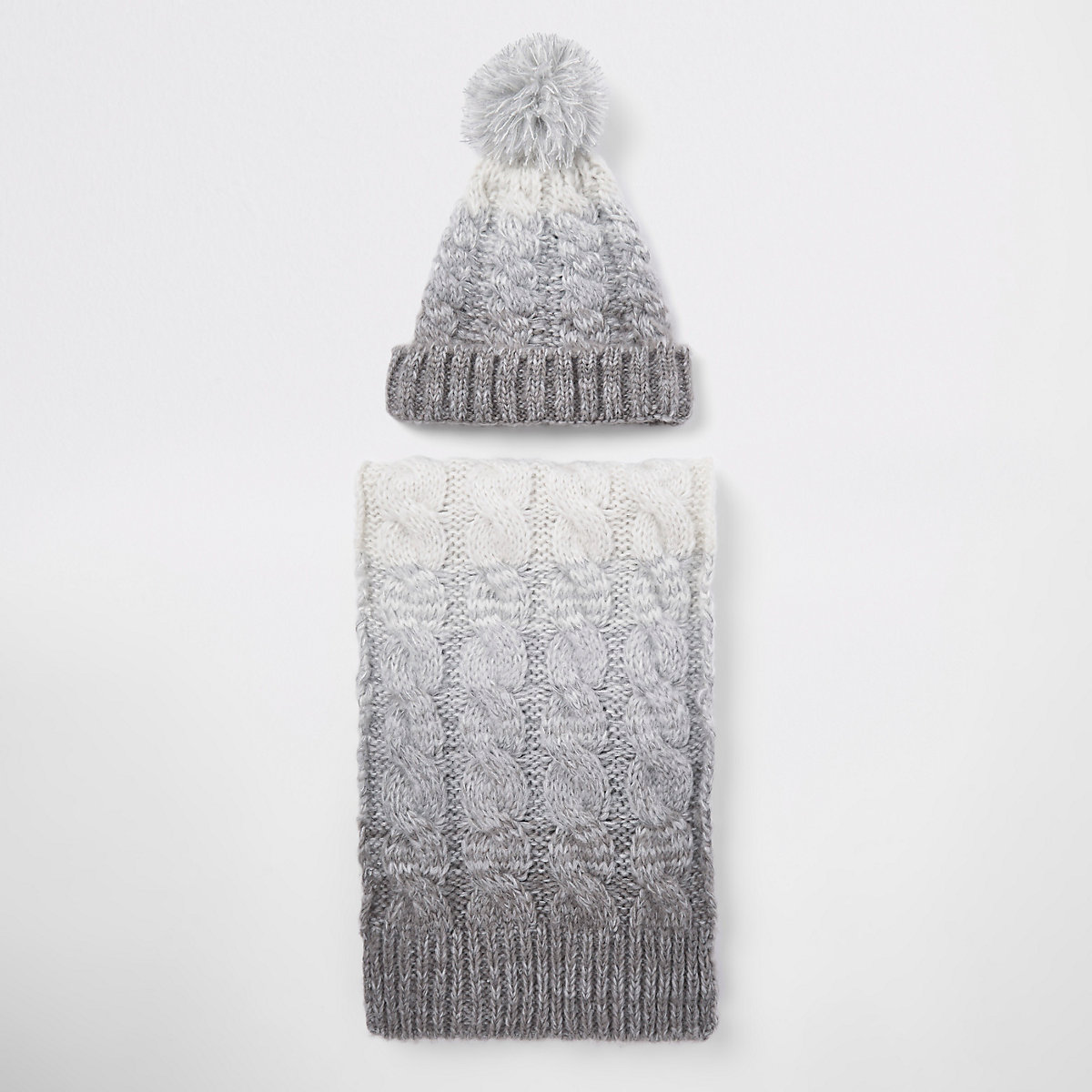 Grey ombre ribbed beanie hat and scarf set