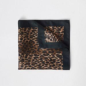 Pochette à imprimé léopard