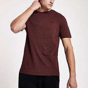 T-shirt slim rouge gaufré à manches courtes