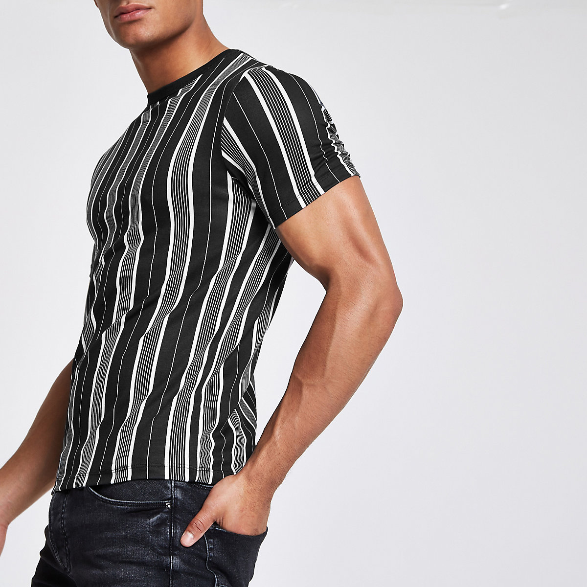 Black vertical stripe T-shirt