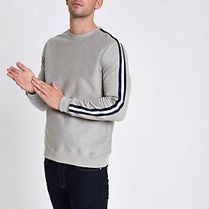Graues Slim Fit Sweatshirt