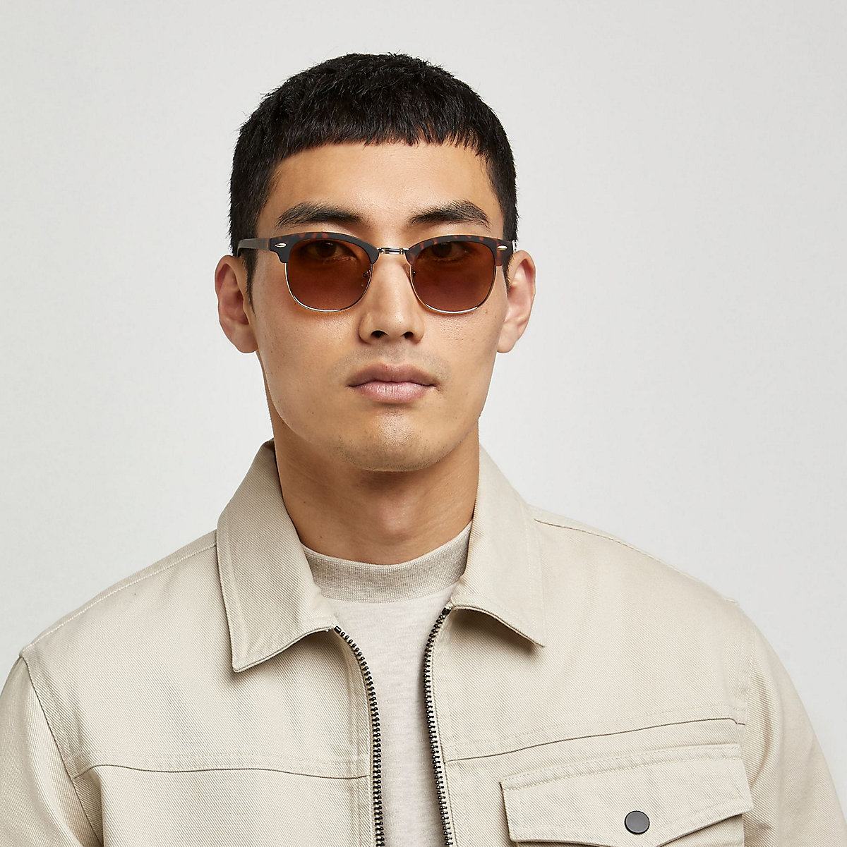 Brown tortoise shell retro frame sunglasses