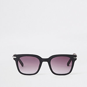 Black matte smoke lens retro sunglasses